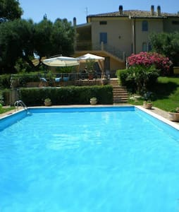 Vacations villa with pool groups 10/15 persons - Recanati - Villa
