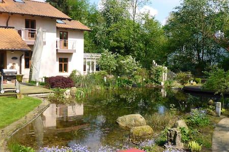 230 sqm Part Villa•sleeps 4•Hamburg - Hambourg