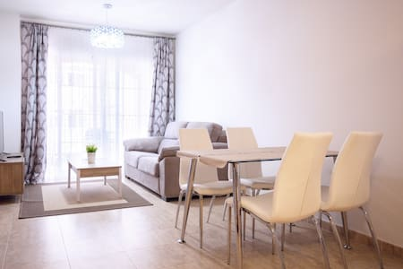 Apartments, great view, near beach and old town. - Estepona - Wohnung