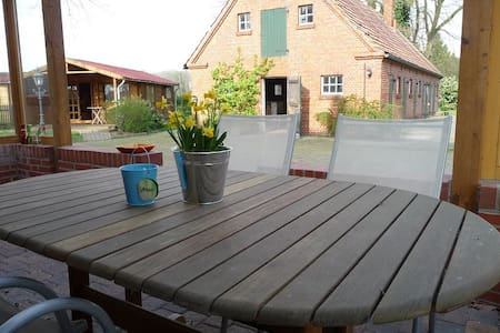 Charming rural countryside location - Osterwald - Apartment