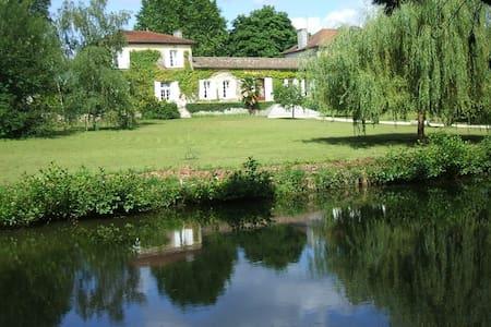 Maison de maître en Gironde/Blaye - Cartelègue - Haus
