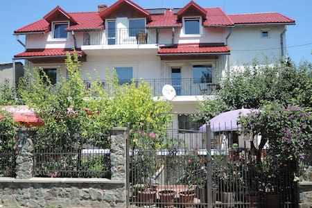 Private family owned house close to the beach - Costinești - Villa