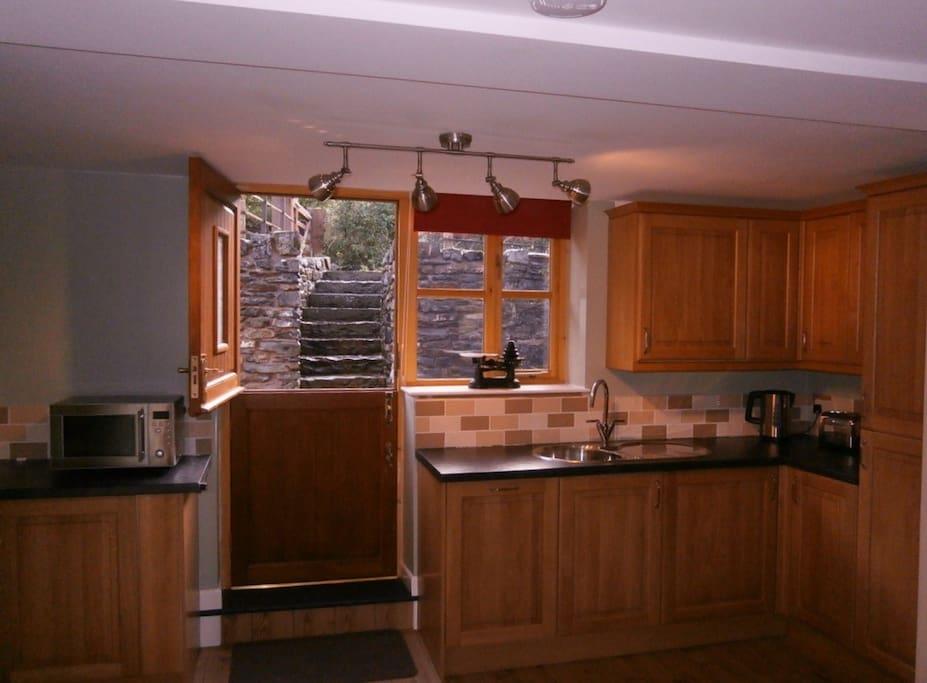 Woodpecker Cottage kitchen