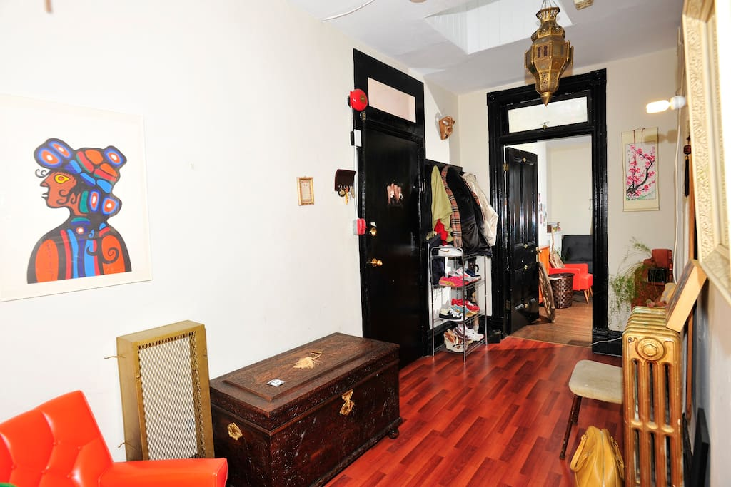 Private Room in Downtown