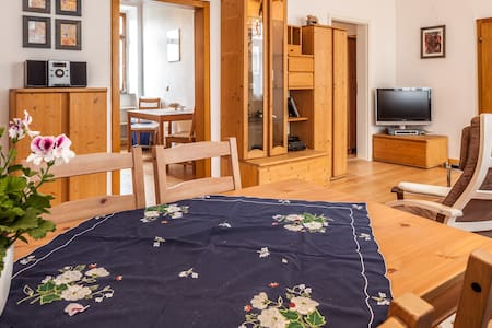 ****apartment in Rhens am Rheín - Rhens - Apartemen