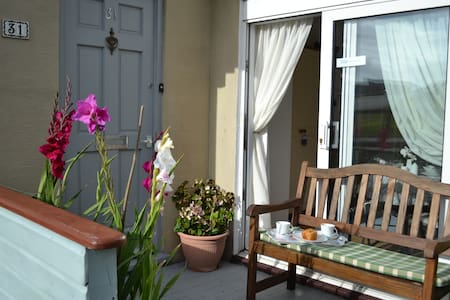 Ferndale Bed and Breakfast - Perranporth