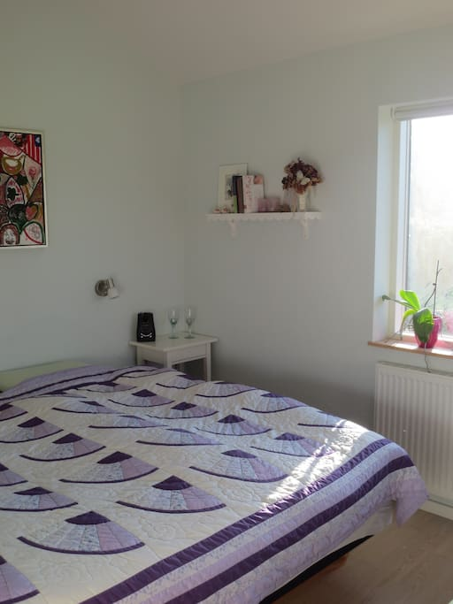 Bedroom with a double bed, 180 x 200 cm, very comfortable matress