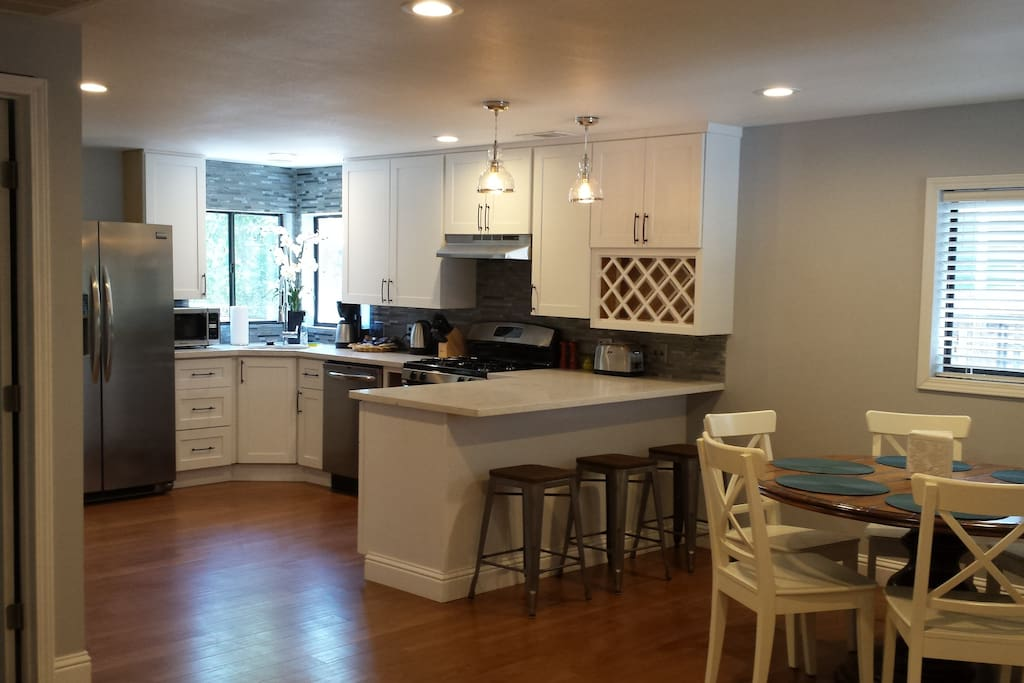breakfast bar with seating for 3