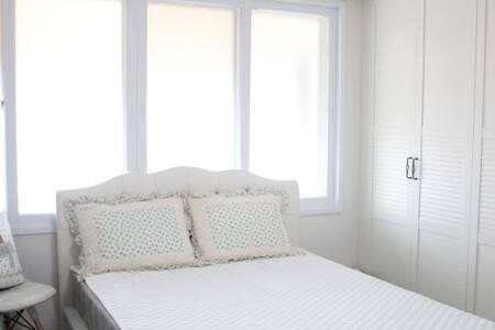 조용하고 깔끔한 아파트 객실