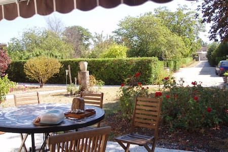 Heart of the Médoc, Lestage Médoc - Saint-Seurin-de-Cadourne - Bed & Breakfast