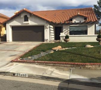 Contemporary Dream Home - Stevenson Ranch - Dům