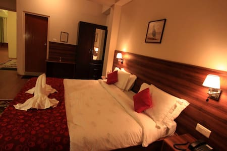 Private Executive Room in the heart of town - East Sikkim - 住宿加早餐