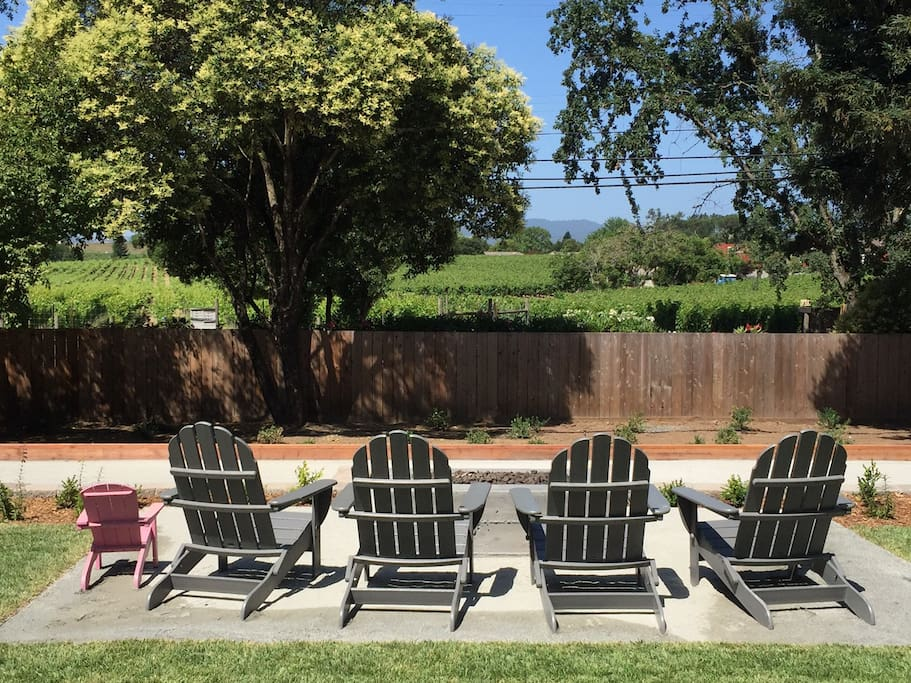 Fire pit and sitting area overlooking Bocce Court and vineyards. Amazing sunset view