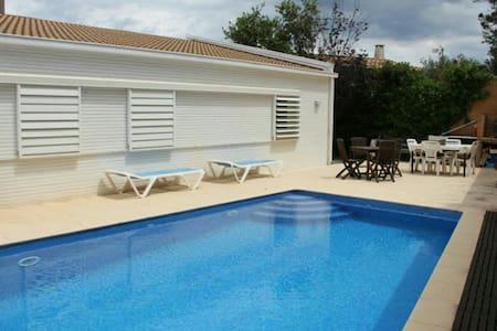 Casa con piscina privada - Casa