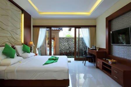 Villa Cilinaya , New 1BR & LivingR
