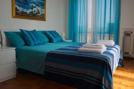 """B & B """"Luli"""" -  camera Blue - Bed & Breakfast"""
