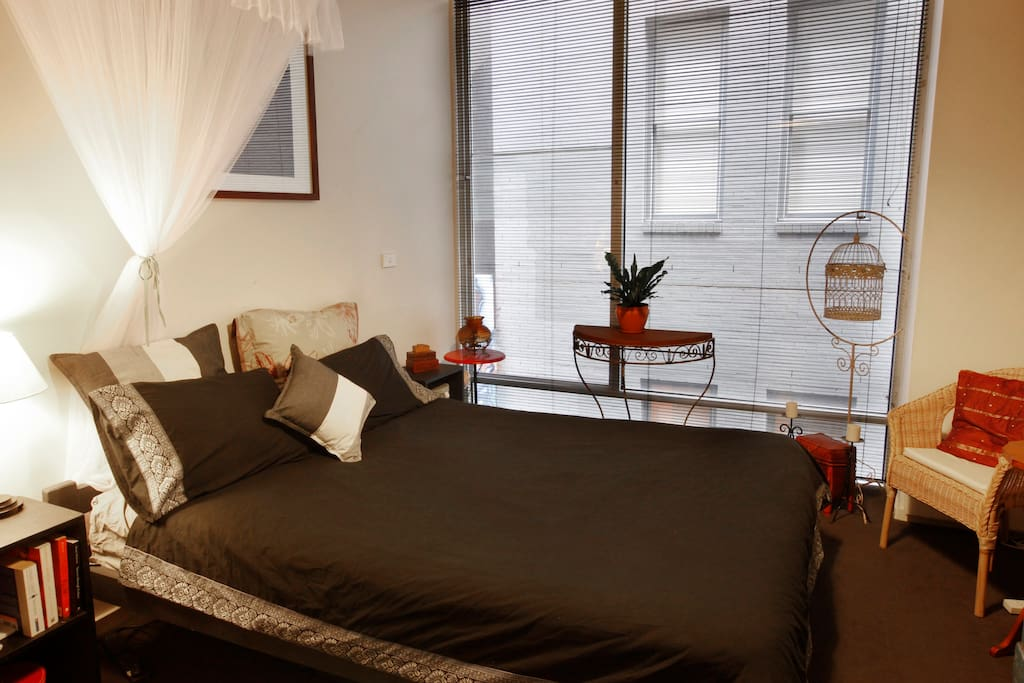 Nice and comfy queen size bed and large bedroom to relax in