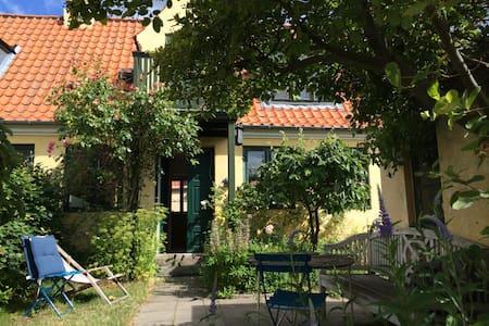 Romantic 1800 fisherman's house
