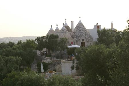 Beautiful Trullo with private infinity pool - Cisternino - House