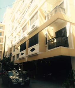 2 Bedroom Apartment in the heart of the Hamra - Lägenhet