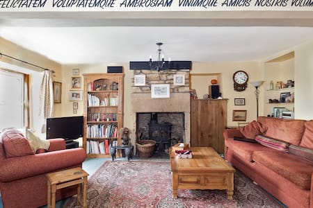 A Somerset welcome, double bedroom  - Casa