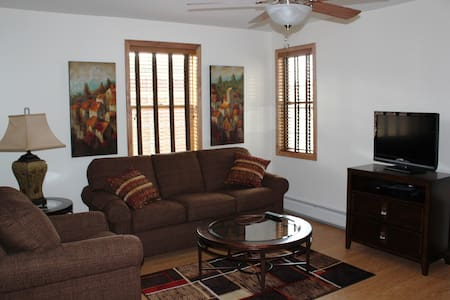 Executive Stay Apt 2B, Downtown Norwich - Daire