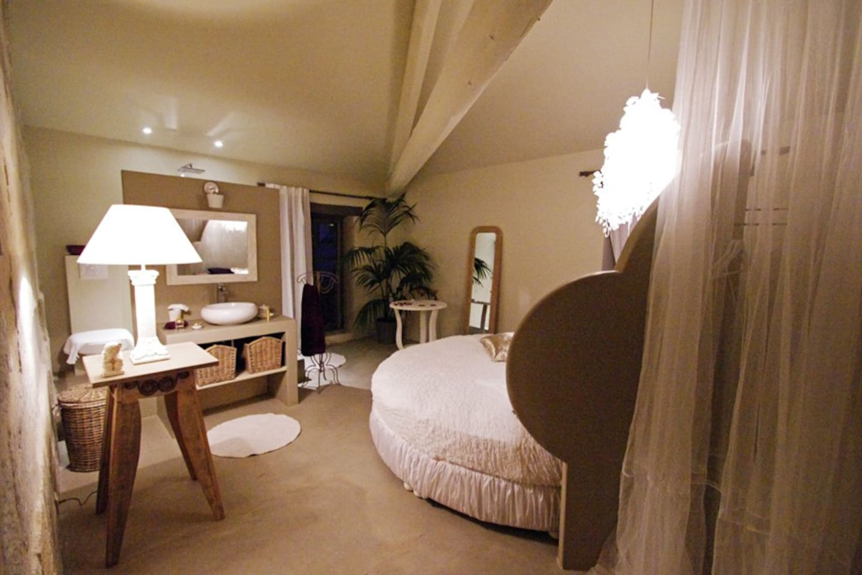 Decoration Salle De Bain Avec Jacuzzi ~ Idées de Design de Maison