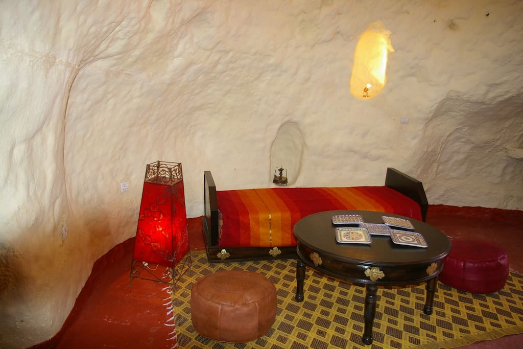 Cave dwelling in f s in morocco bed breakfasts for for Airbnb fez