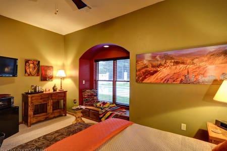 Santa Fe Guestroom 2-Nt Min 21+only - Palmetto-Atlanta - Bed & Breakfast