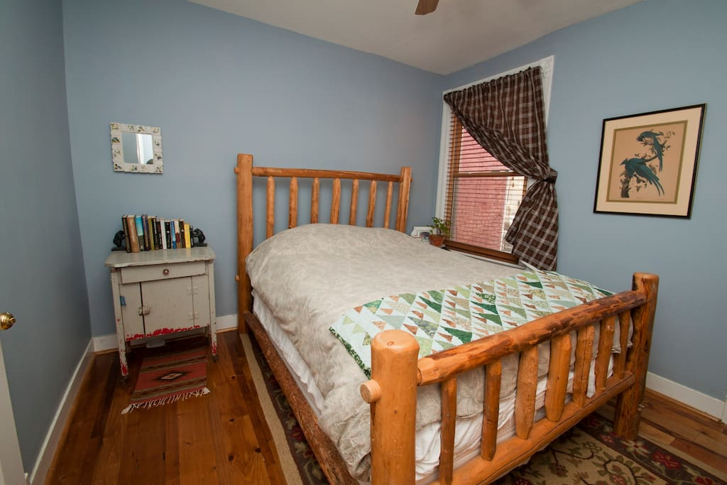 Upstairs Master Bedroom with log bed: super comfortable bed