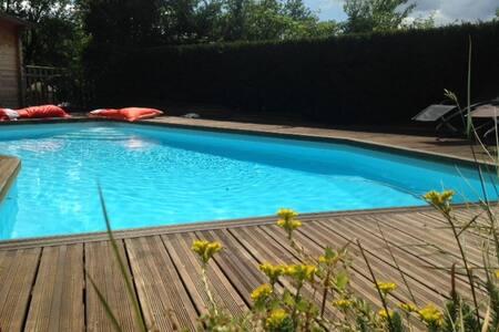 Loft & piscine Destination Insolite - Loft