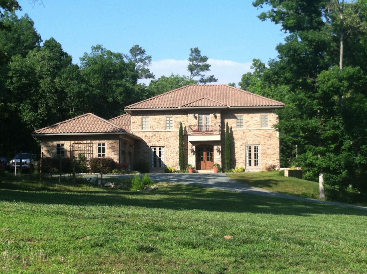 Cedar Grove Villa Apartment