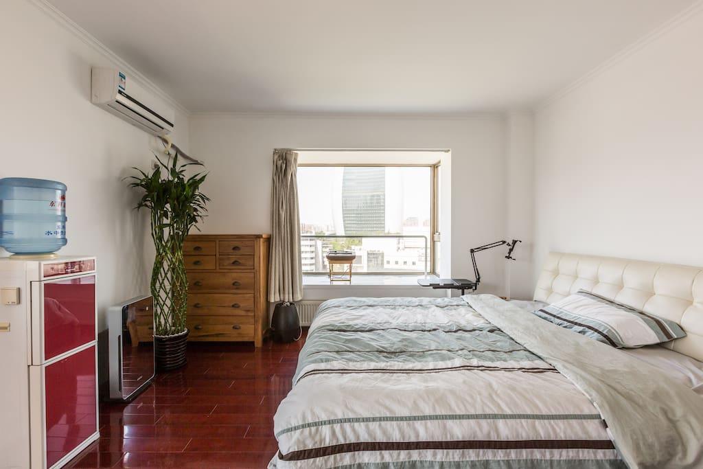 Comfy 3 bedrooms in CBD 东三环边精装大三居