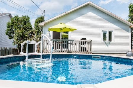 Maison unifamilale avec piscine - Dům