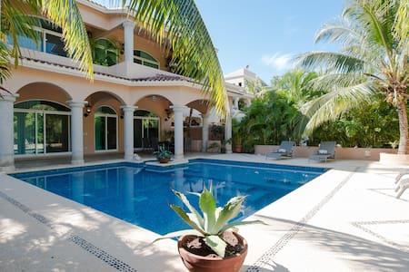 Amazing Mexican Colonial 5 Bd Villa - Puerto Aventuras