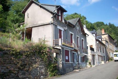 La Maison d'Huguette - Aubazine
