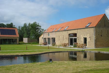 Farm De Hagepoorter - Jabbeke - Blockhütte