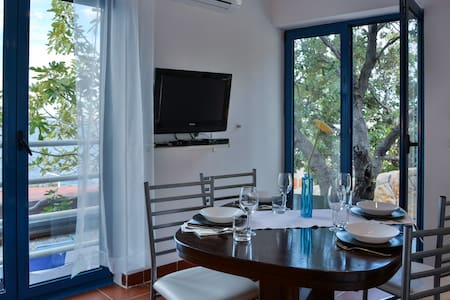 Apartment on the Adriatic - Lejlighed