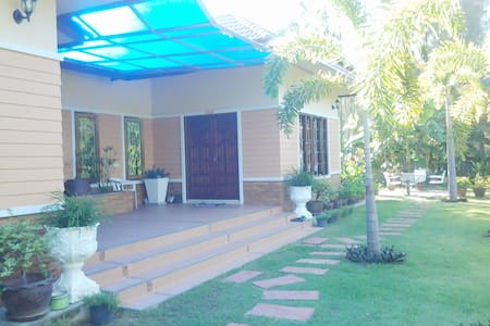 ANIE House, 1 Bedroom, 1.5 KM to the Beach - Choeng Thale - Casa