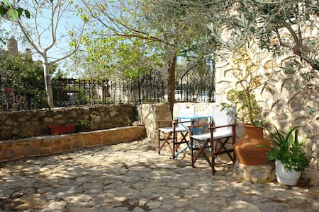 Double room  - Avgonima - Bed & Breakfast