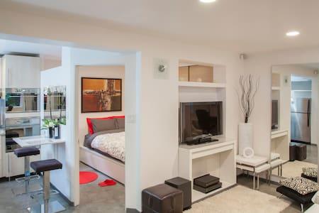 Modern Chic Minimalist - Casa