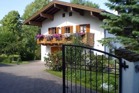 Landhaus Elke, Ruhpolding/Chiemgau - Ruhpolding - House