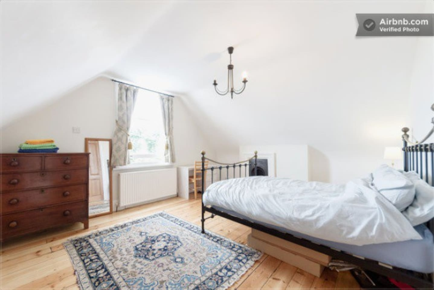 Beautiful top floor bedroom overlooking a quiet street