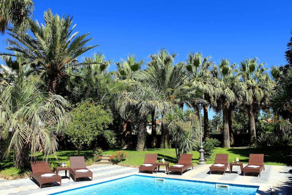 Private swimming pool and 4,000 sq. metre garden.