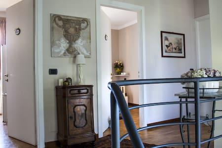 Family - 2 rooms per 3/4 persone  - Ranica - Bed & Breakfast