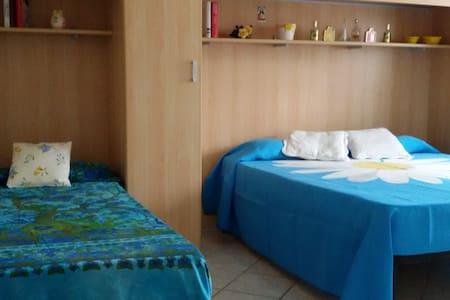 Agropoli 3 + 1 con Garage incluso - Apartment