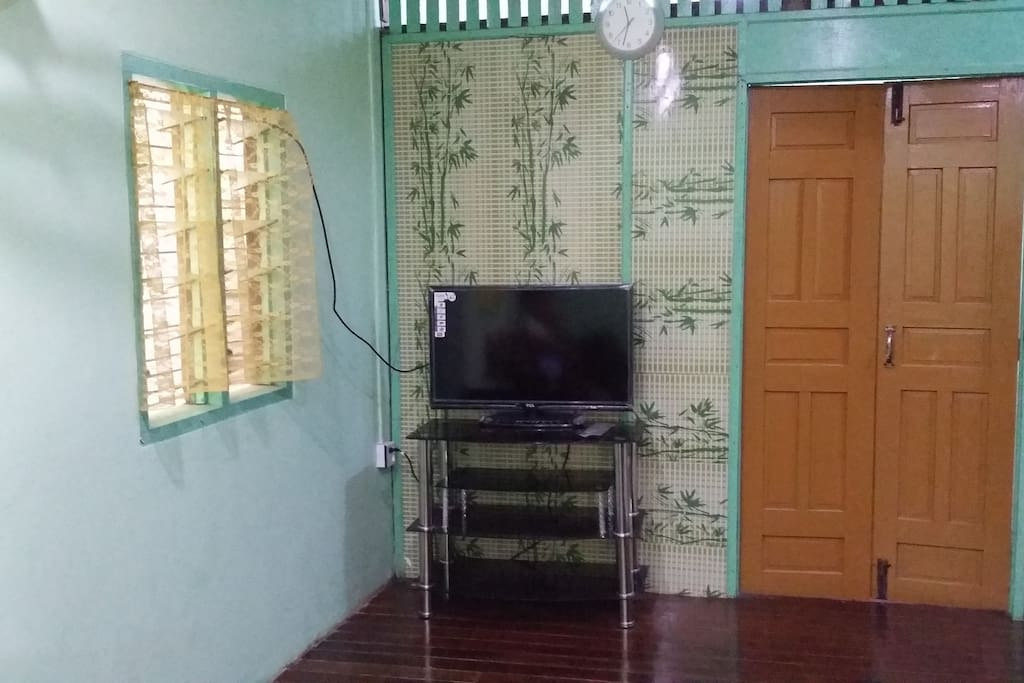 2 Storey Landed House for stay