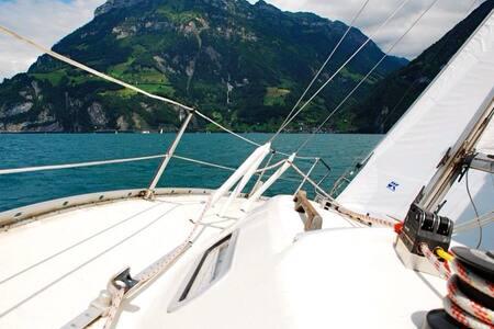 sleeping on a Sailboat incl. 2h Sunsetsailing - Boat