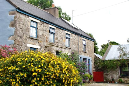 Double room in hillside cottage