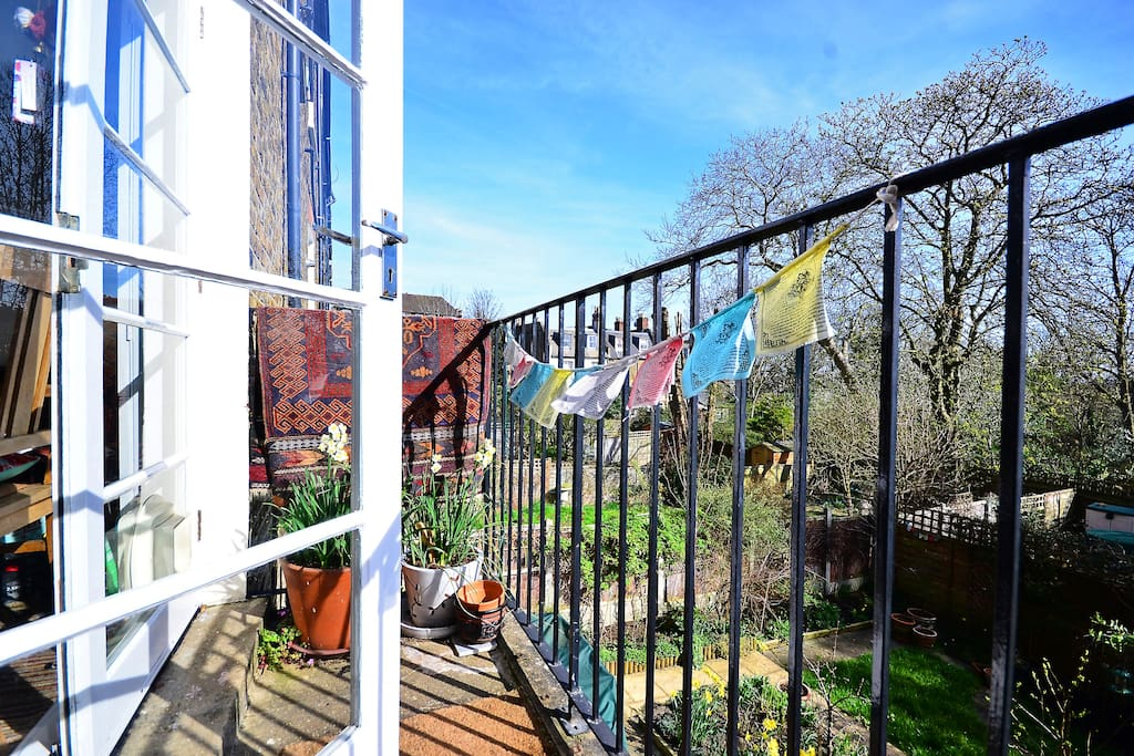 Lovely Garden Flat In Hip London